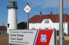 Off Duty Cape Cod Coast Gaurdsman Rescues Six Boaters In New York