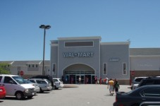 Man Who Robbed Woman For Change At Knife Point Outside Wal Mart Still At Large